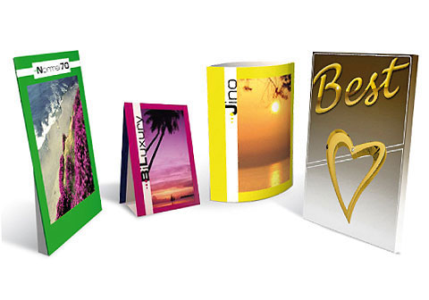 Colorby produce e vende Cartelli da Banco e Vetrina in cartone anche in quantità minime con personalizzazione a colori. Tra i modelli venduti: Cartelli da Banco a busta, risvoltati, economici. Disponibili anche Cartelli da Banco Bifacciali o con tasche porta leaflet.