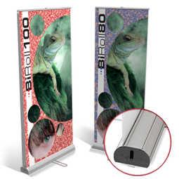 L'espositore roll up bifacciale economico, scegli tra due misure disponibili e realizza online il preventivo di stampa per il tuo roll up che potrai ricevere rapidamente.