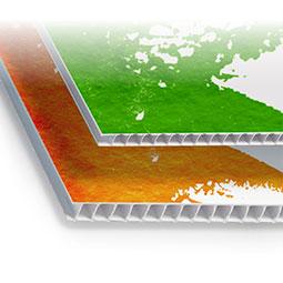 Stampa ed accoppiamento su pvc alveolare, leggero ed economico, indicato anche per realizzare pannelli stampati da usare in esterno.