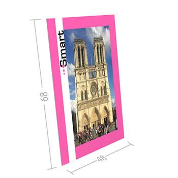 Cartello Economico Cartello in cartone ondulato da 5 mm con piede di sostegno sul retro, stampa a colori e plastificazione opzionale. Estremamente economico e pratico, disponibile in 3 misure