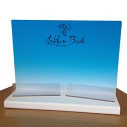 Espositore in plexiglass bianco da 3mm, stampa a colori e doppio scomparto portadepliant.
