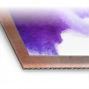 Stampa ed accoppiamento su cartoni ondulati, finitura lucida ed opaca, cartoni con copertina e retro bianchi, Cartone con Onda E 643 oppure Onda EB 64243. Indicare il senso di canna nelle note.