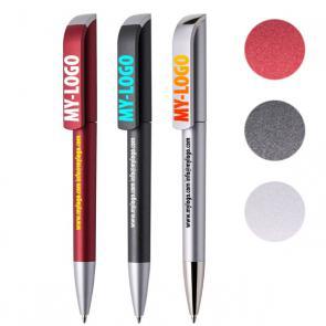 Eleganti penne metallizzate, discrete o colorate, con clip e fusto personalizzato a colori e/o in bianco. Refil Nero e chiusura a rotazione.